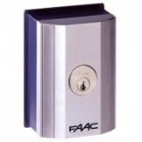 Ключ выключатель Т10 Е, комбинации с 401019001 по 401019036, с одним микровыключателем FAAC 401019xxx