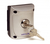 Панель с ключом накладная с тампером GENIUS Quick 1 (JA31101)